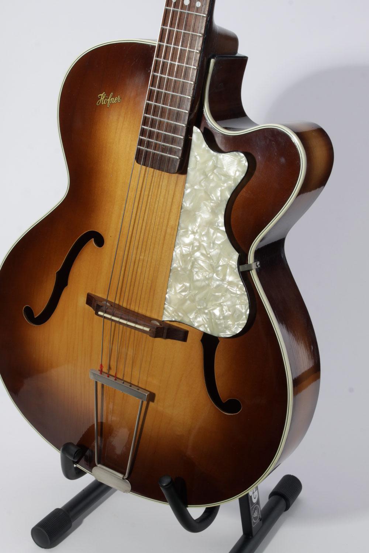 Jazzgitarre Höfner 450